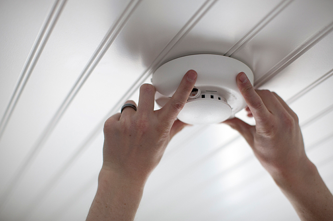 How To Install A Smoke Detector The Right Way